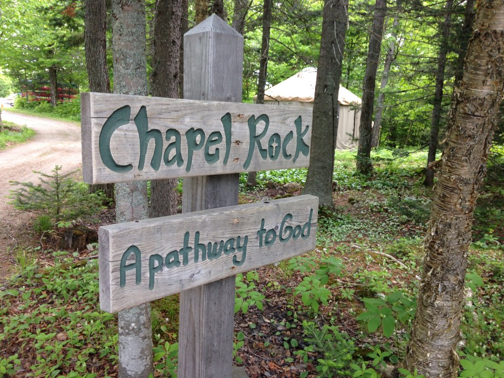 Start of Chapel Rock trail